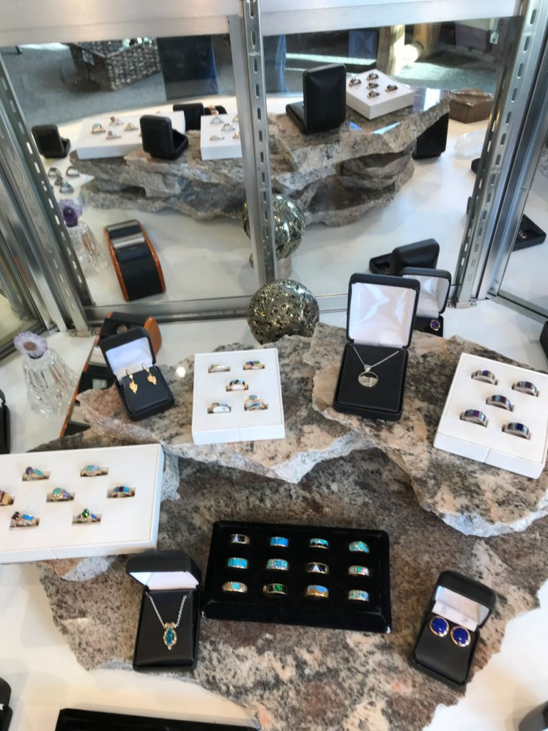 jewelry showcase frisco colorado